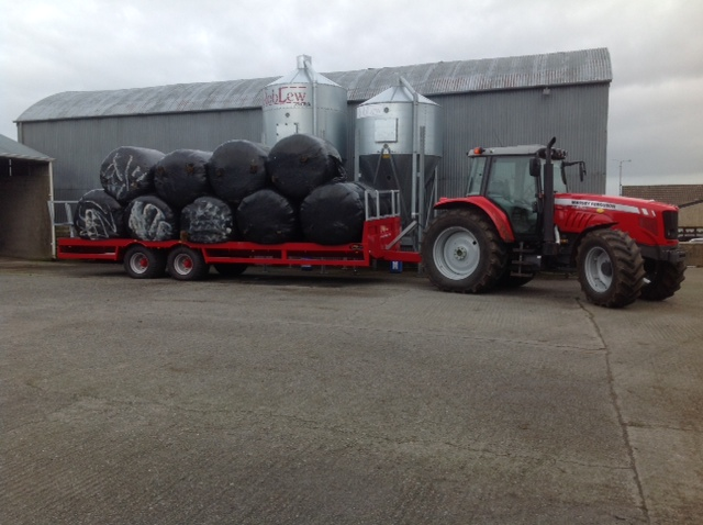 Full bale trailer