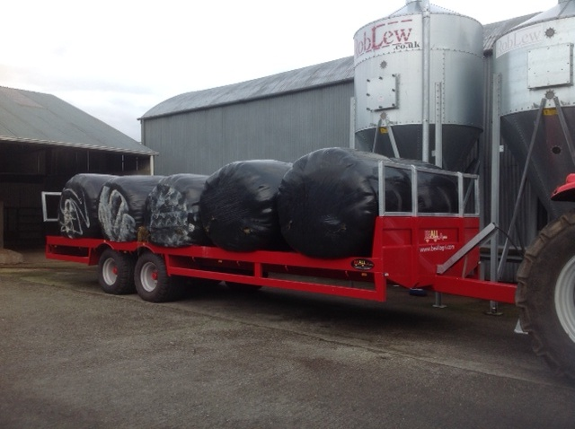 Half filled bale trailer