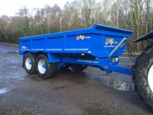 14T dump trailer